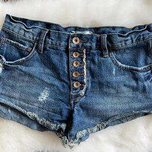 •Free People• Button Fly Shortie Shorts Denim 26
